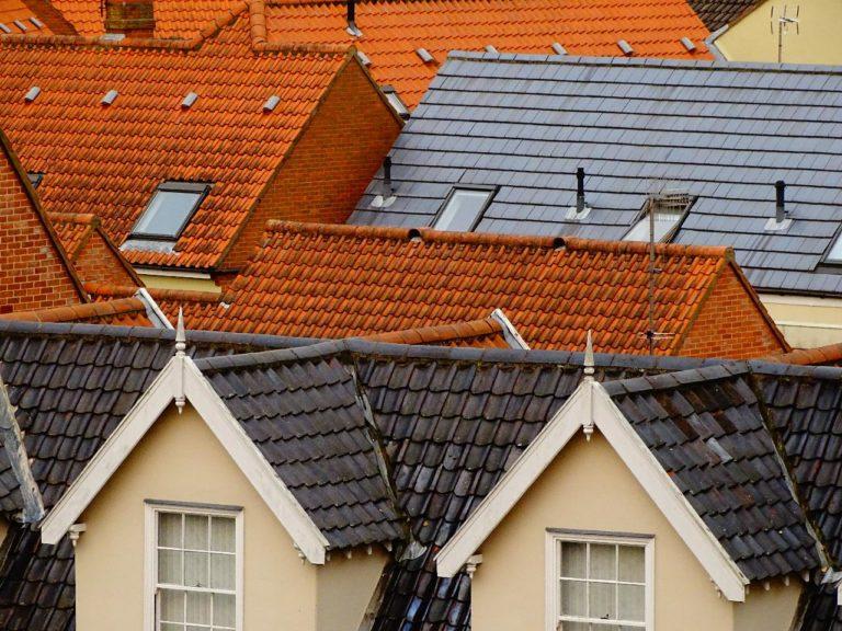 Verschillende soorten dakpannen